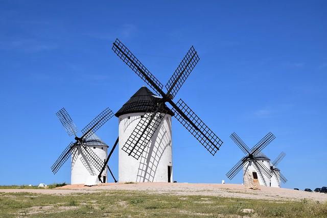 Molinos de viento (Campo de Criptana, Castilla-La Mancha, España, 17-6-2018)