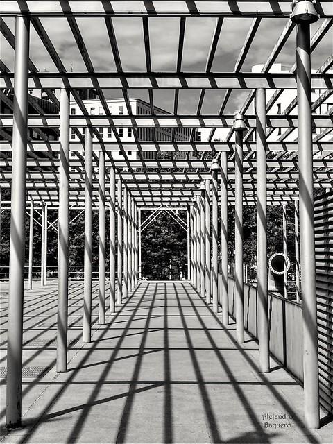 Madrid. Canal de Isabel II. Parque cuarto depósito.