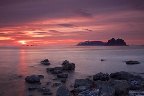 ocean sea panorama sun norway outdoors coast scenery rocks europe north scenic arctic nordic scandinavia picturesque lofoten midnightsun vaeroy touristdestination canonefs1755mmf28isusm polarday moskenesoya