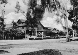 Claremont Inn (1906)