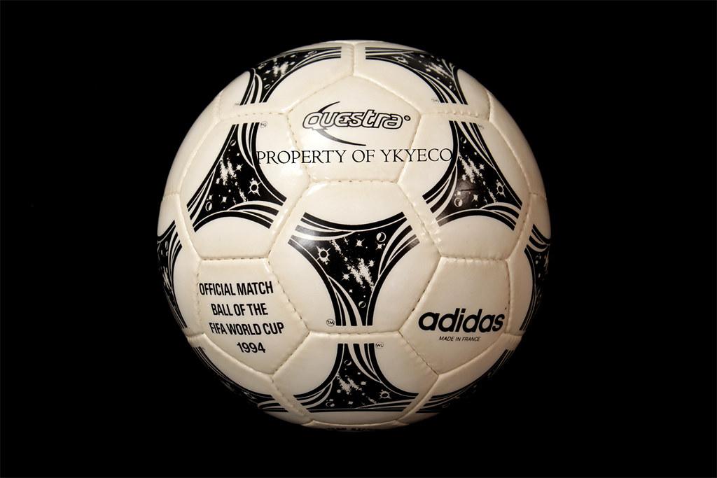 Bienes Residuos sustracción  TANGO QUESTRA FIFA WORLD CUP USA 1994 OFFICIAL ADIDAS MATCH BALL 01 - a  photo on Flickriver