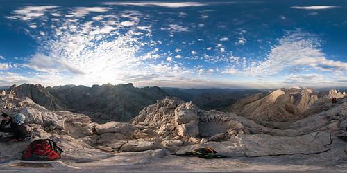 Desde la cima del Picu Urriellu | by Sitoo