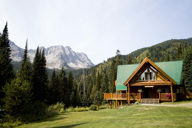 SDIM0082 Island Lake Lodge & Big White