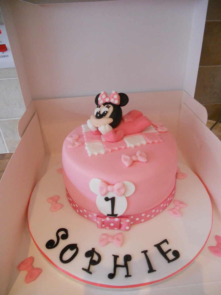 Fine Baby Minnie Mouse 1St Birthday Cake Facebook Com Cakes Flickr Personalised Birthday Cards Veneteletsinfo