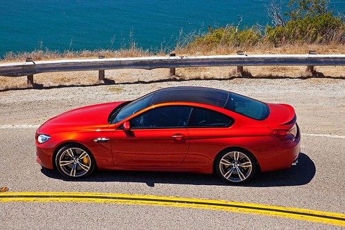 2013_BMW_M6_Coupe...20 Photo