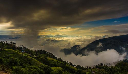 travel nepal sunset clouds sunrise trekking landscape sony himalaya himalayas nagarkot nex centralregion flickraward flickraward5 flickrawardgallery ringexcellence dblringexcellence sonynex tplringexcellence