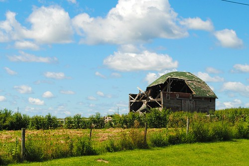 decay decaying barn clouds dixon amboy illinois il midwest rural farm sky landscape unitedstates usa unitedstatesofamerica