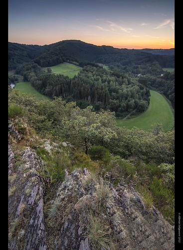 sunset lake forest luxembourg naturpark sauer hautesûre boulaide obersauer uppersûre uewersauer luxembourgardenness houfels