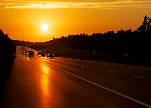 365project 3652012 afsdxvrzoomnikkor18200mmf3556gifedii sunset i495 highway road pavement taunton massachusetts