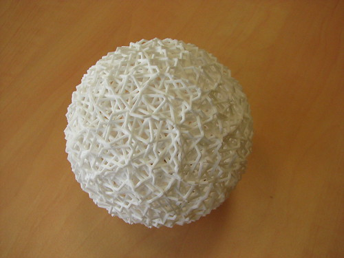 180 interweaved hexagons come to life | by fdecomite