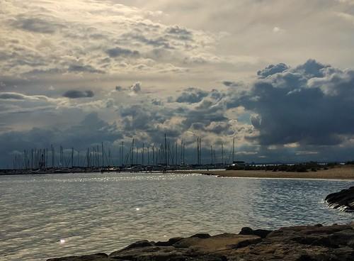 australia victoria melbourne brighton beach clouds sunset portphillipbay ocean water stormbrewing coastline cloud