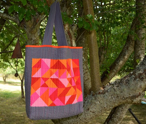 Modern Shopping Bag | by shecanquilt