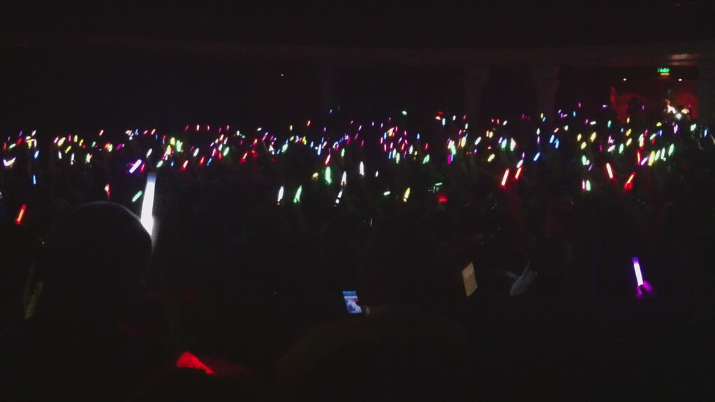 dConstruct glowsticks