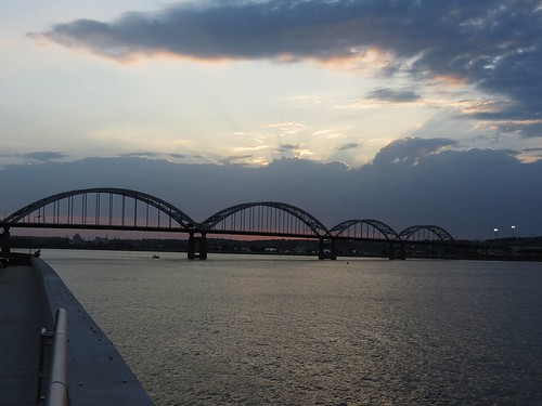 sunset water illinois cloudy