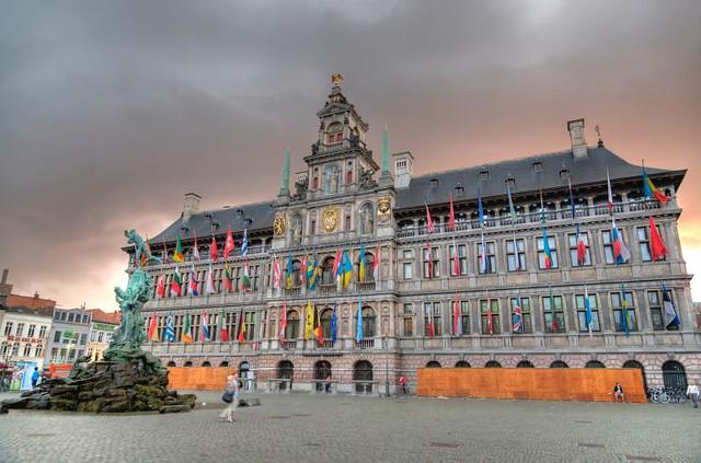 Antwerpen - Grote Markt - Stadhuis
