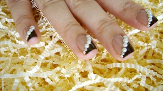 fall winter nail art pearls rimmel beige style megan miller ganache 5 | by musicalhouses