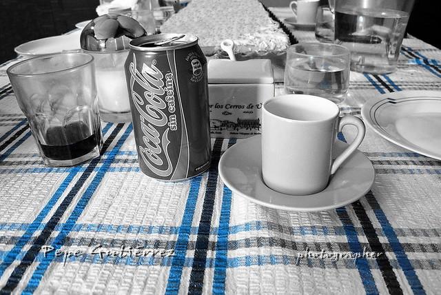 LA MAGIA DEL BLANCO Y NEGRO (11) Con y sin cafeina