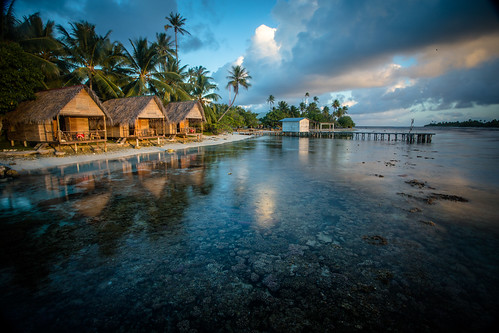 Bungalows on the Reef | by Éole