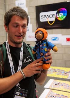 SpaceUP092.jpg