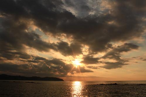 sunset beach playa cielo atardeceres sunrises japon playas yugawara crepusculos amanaceres coloresdelcielo yoshihamabeach manazurupenisula yugawarasunrise yugawarabeach crepusculosenjapon twilightinyugawara