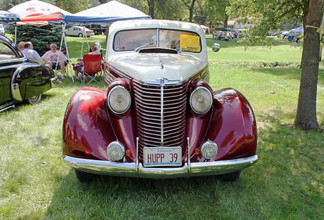 1938 Hupmobile E-822 Sedan Custom (1 of 8)