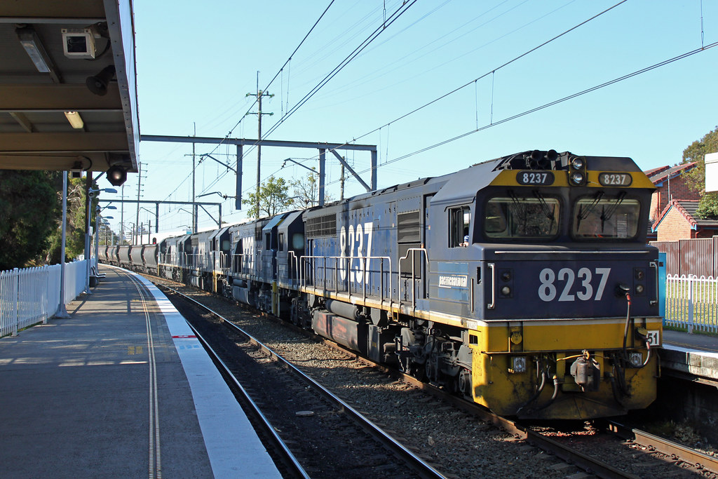 8237, 8223, 8203, 8218 LS98 Coniston by Thomas