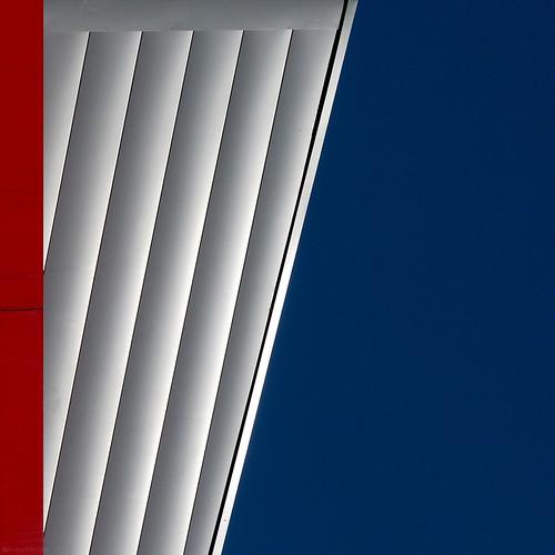 façades redwhiteandblue squared melbourneaustralia facciatearchitettoniche