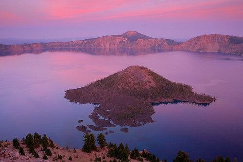 Crater Lake: Soft pink and a wizard | by Shahid Durrani