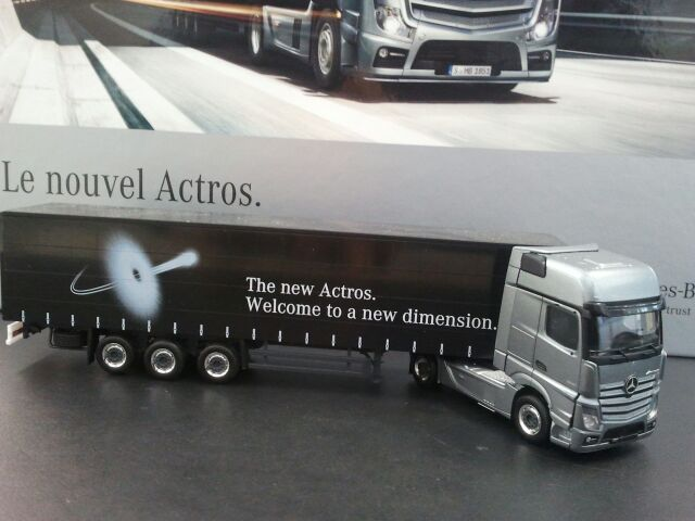 Mercedes new Actros 2012