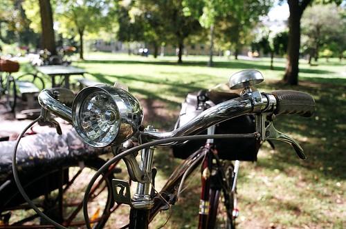 Tweed Ride Shiny