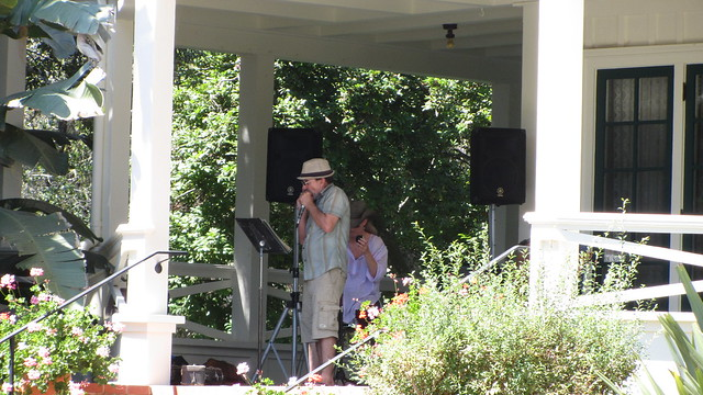 IMG_1124 tom henderson playing harmonica