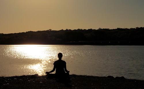 lake water yoga sunrise iowa canonef50mmf18 desmoines grayslake