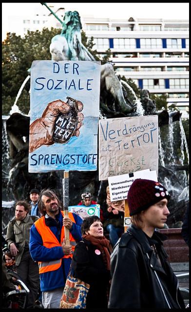 Wir bleiben alle! - Demo gegen Mieterhöhung, Sozialabbau und Gentrifizierung