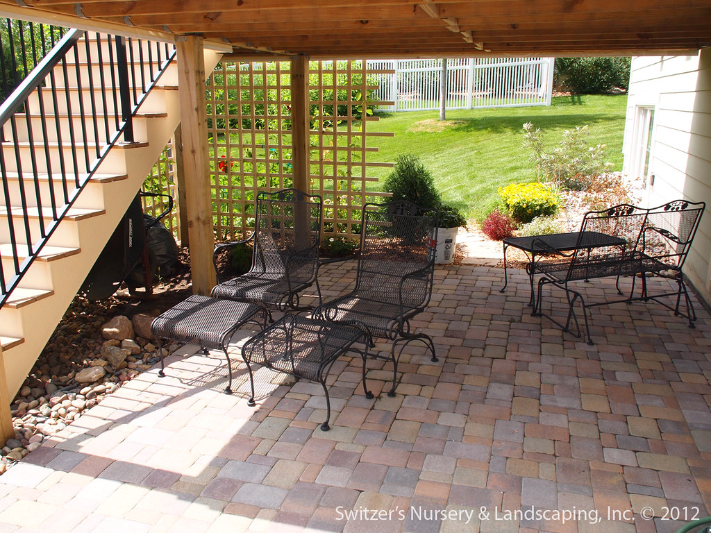 Etonnant Paver Patio Under Deck With Retaining Wall U0026 Steps   Minne ...