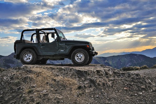 sunset cloud sun mountain photography utah photo jeep 4x4 lotr hobbit mordor wrangler