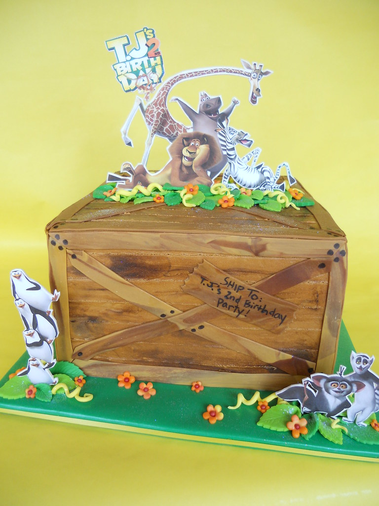 Fantastic Madagascar Birthday Cake Amy Stella Flickr Funny Birthday Cards Online Alyptdamsfinfo