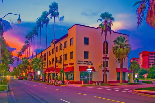 venice florida usa sarasotacounty sunshinestate urban downtown city cityscape metropolis metro cosmopolitan realestate