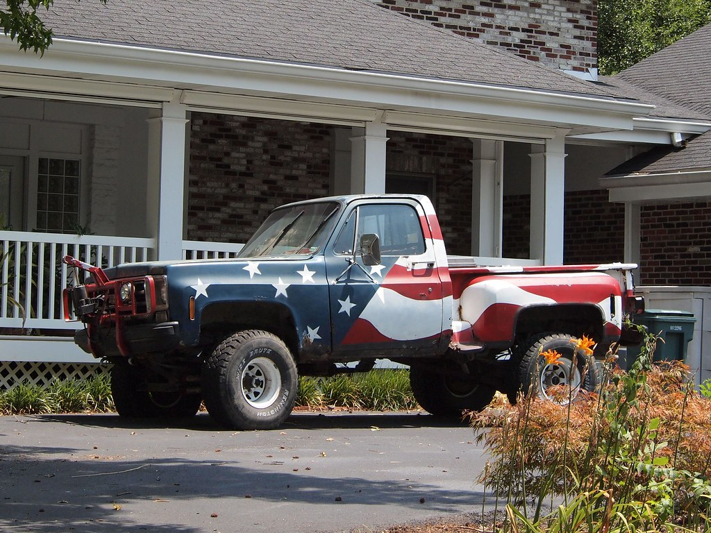 All Sizes American Flag Painted Chevy Pickup Truck In Kirkwood Mo P7137903c Flickr Photo Sharing