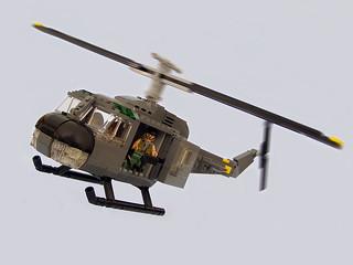 UH-1 Huey 01