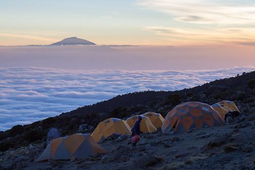 camping kilimanjaro tanzania tz exodus meru machame karanga lemosho