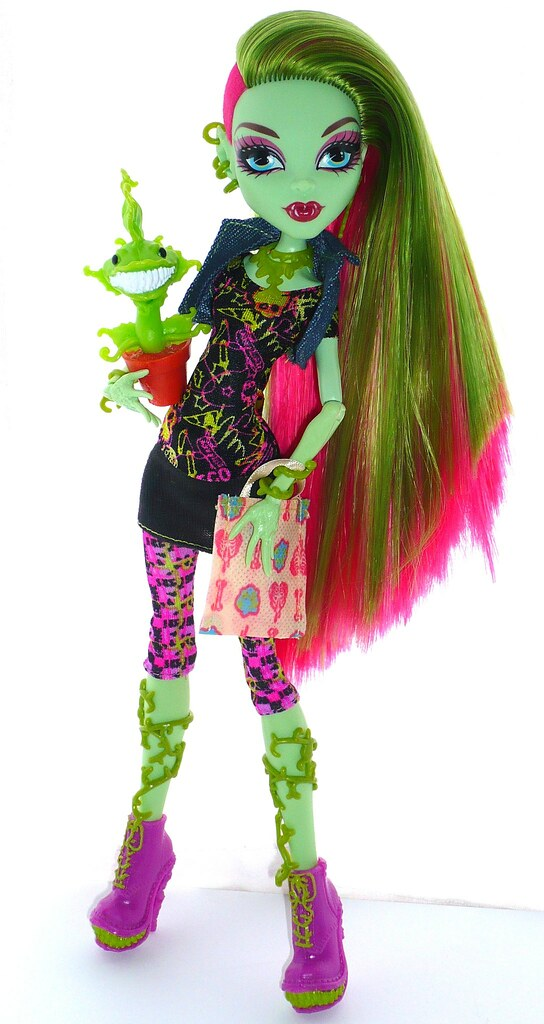 Monster High Venus Mcflytrap I Got Her Recently From Tesco Flickr