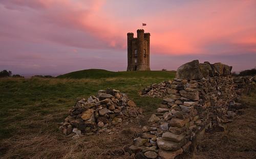 tower castle sunrise broadway earlymorning cotswolds worcestershire folly broadwaytower jameswyatt mockcastle