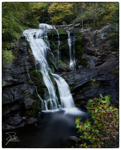 canon waterfall unitedstates tennessee 24 f9 riverroad baldriverfalls cherokeenationalforest tellicoplains nd10 canoneos5dmarkii waucheesi tse24mmf35lii leebigstopper canontse240mmf35lii