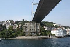 Puente Sobre el Poblado de Jose Delgado Ahumada