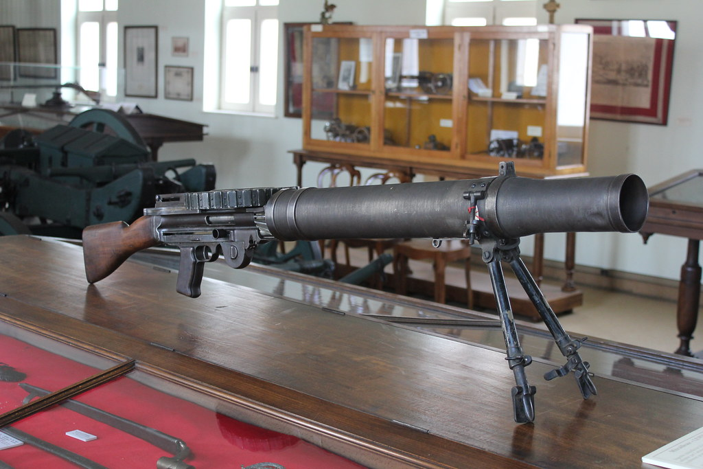 010 - Armes - Mitrailleuse légère Lewis - Royaume-Uni - 19