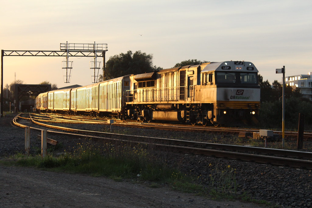 LDP001 9792V by Greensleeves.94
