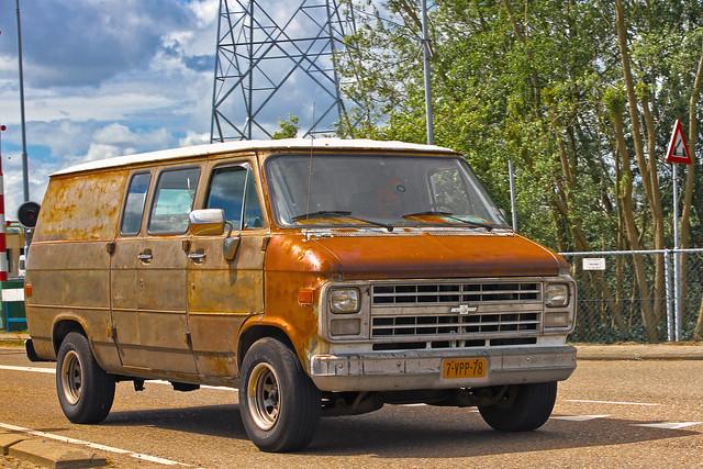 Chevrolet Chevy Van G20 1986* (0972)