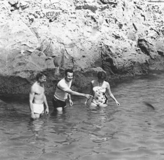 Students taking part in Pomona's Marine Lab at Corono del Mar, California, in the summer of 1954