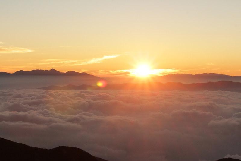木曽駒ヶ岳 初日の出