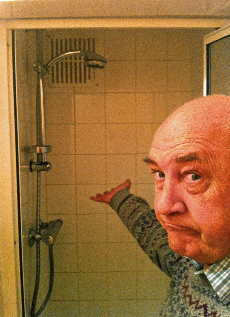 164-365 (Year 6) Cold shower :( | My shower runs cold, a plu… | Flickr